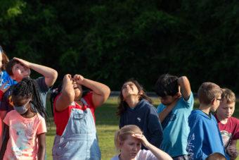 kids looking up